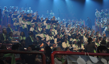 Une partie de la chorale aux 1000 choristes !